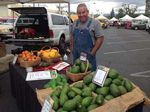 Brian Griffith of Griffith Family Farm in Riverside, CA selling his fruits and vegetables. Image courtesy of Brian Griffith.